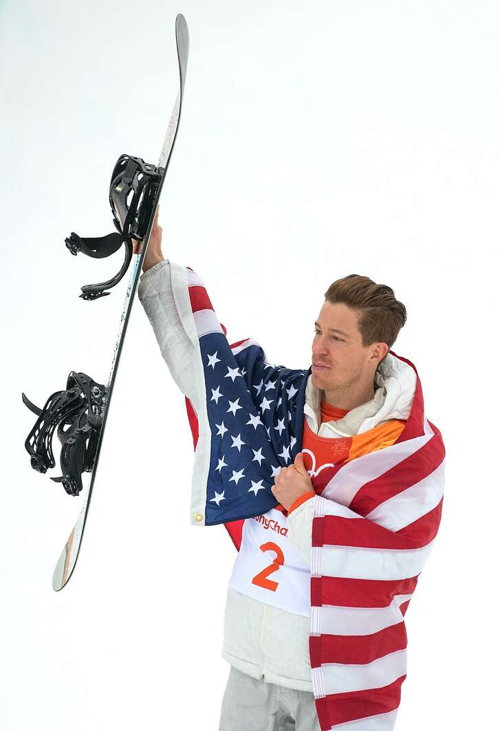 PYEONGCHANG-GUN, SOUTH KOREA - FEBRUARY 14:  Gold medalist Shaun White of the United States celebrates during the victory ceremony for the Snowboard Men's Halfpipe Final on day five of the Pyeongchang 2018 Winter Olympics at Phoenix Snow Park on February 14, 2018 in Pyeongchang-gun, South Korea.  (Photo by David Ramos/Getty Images)