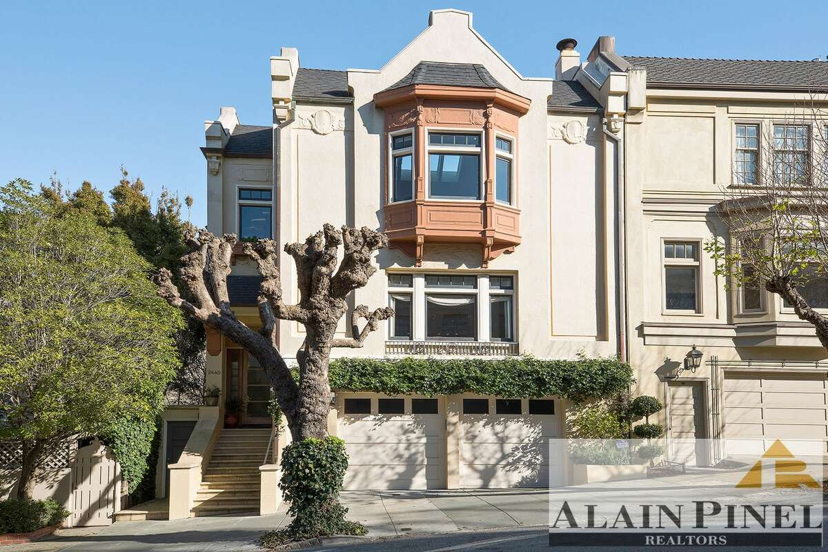 Check out this single-family home at 2440 Scott St. in Pacific Heights, listed at $18,000/month.