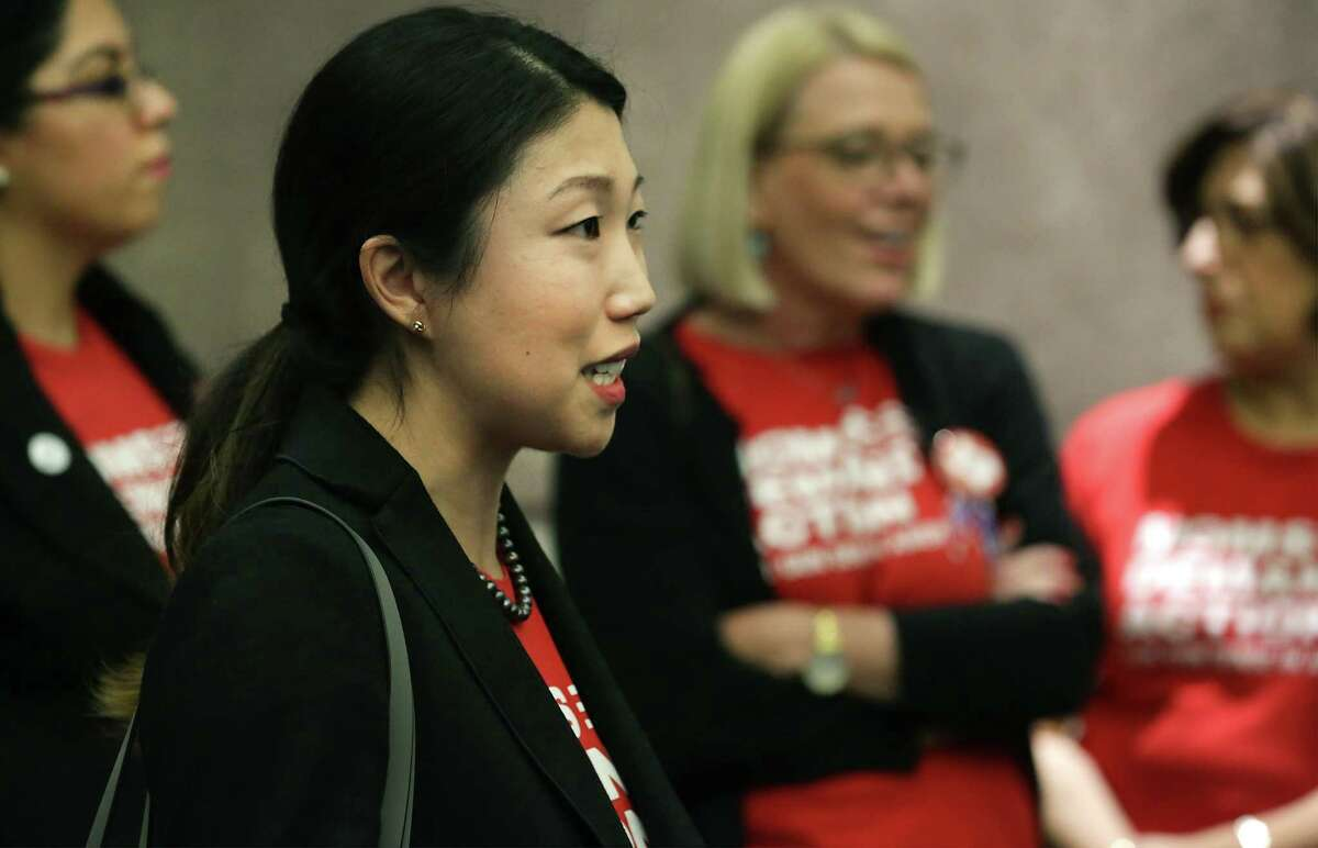 Becca DeFelice speaks during a gathering of members of Moms Demand Action San Antonio Chapter following a discussion about the recently passed Tax Bill, at the San Antonio Central Public Library on Monday, Feb. 19, 2018.