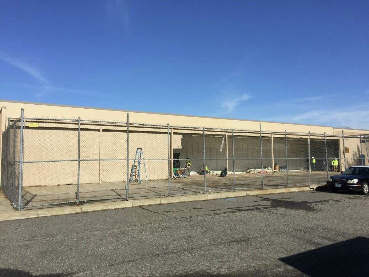 The Torrington Planet Fitness is set to move from 693 Main Street to 681 Main Street, taking up residence along Farley Place next to Ocean State Job Lot.