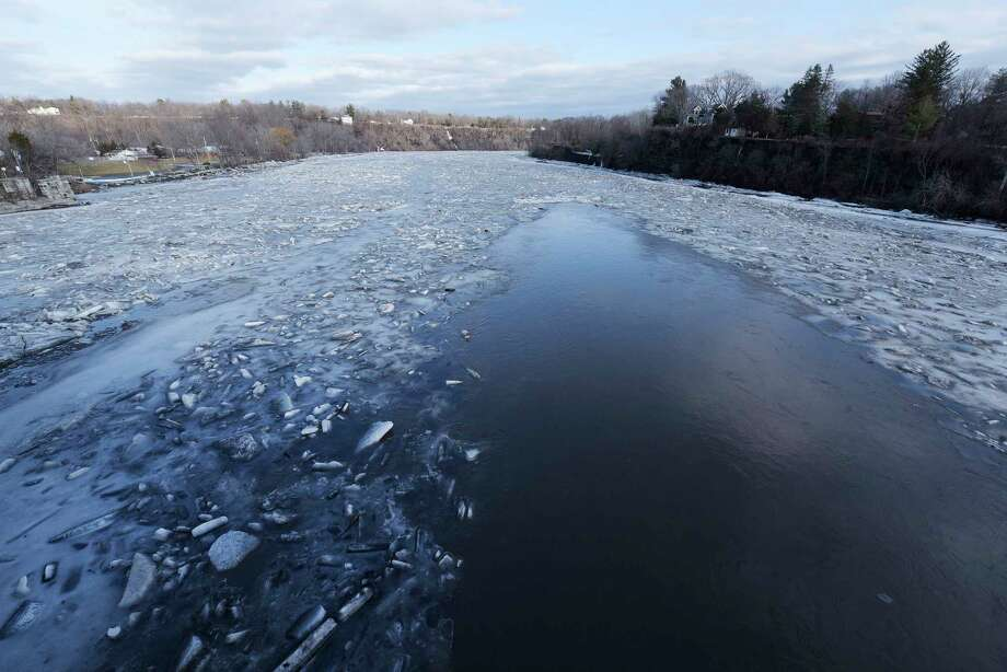 Water flows down the Mohawk River on Tuesday, Feb. 20, 2018, in Rexford, N.Y.  (Paul Buckowski/Times Union) Photo: SKIP DICKSTEIN, Albany Times Union / (Paul Buckowski/Times Union)