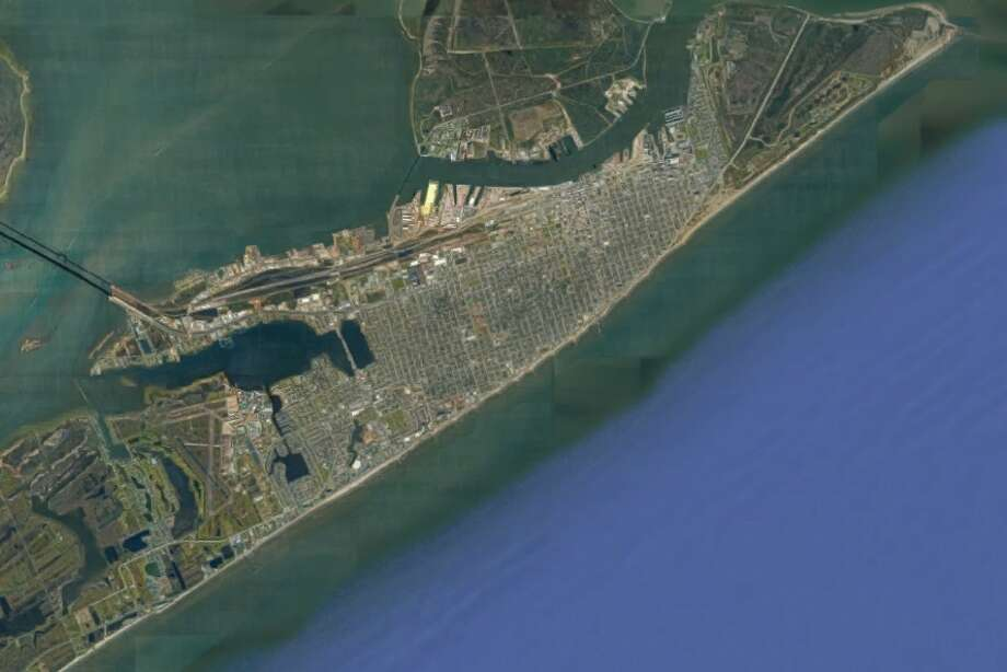 We'll give you an easy one to start. Can you tell what city this is? Photo: Google Earth