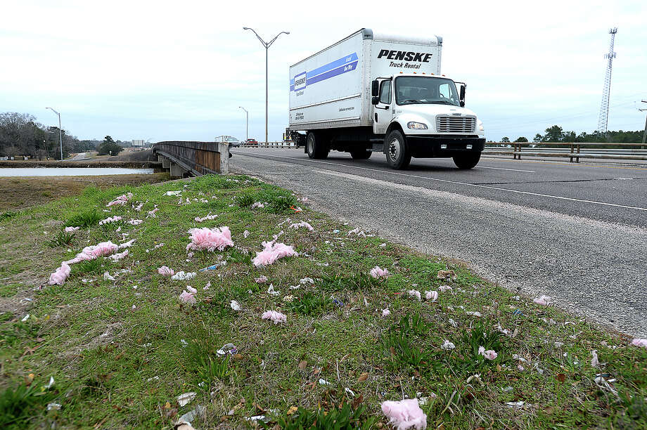 Debris is scattered along the roadside on U.S. 69 in Beaumont. Photo taken Monday, February 5, 2018 Kim Brent/The Enterprise Photo: Kim Brent / BEN