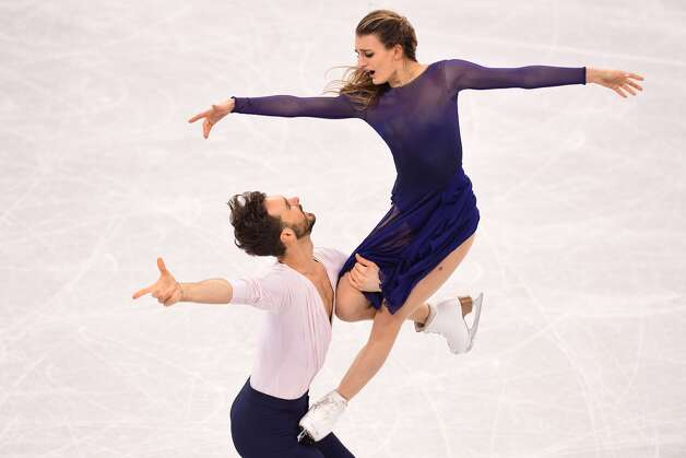 France's Gabriella Papadakis and France's Guillaume Cizeron compete in the ice dance free dance of the figure skating event during the Pyeongchang 2018 Winter Olympic Games at the Gangneung Ice Arena in Gangneung on February 20, 2018. Photo: ROBERTO SCHMIDT/AFP/Getty Images
