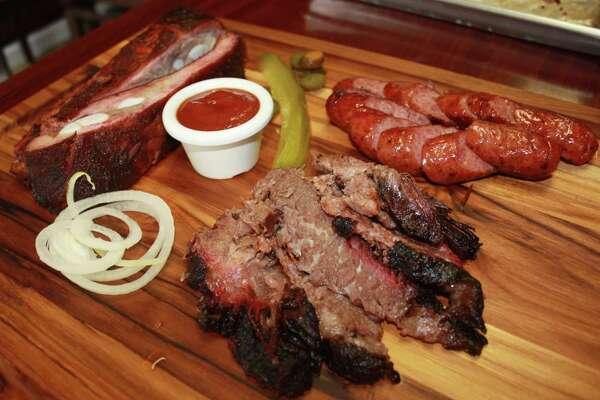 Dee Willie S Bbq Expanding To San Antonio S South Side