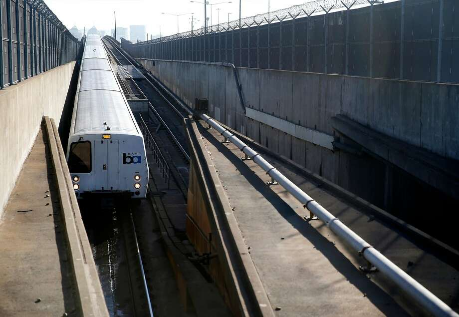 A westbound BART train enters the transbay tube in Oakland. BART officials are beginning to study the feasibility of a second tube under the bay. Photo: Paul Chinn, The Chronicle