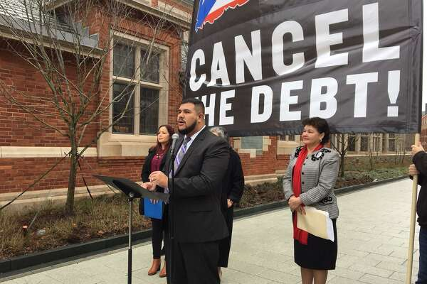 State Rep. Christopher Rosario of Bridgeport, chair of the state Legislature Black and Puerto Rican Caucus, asks Yale to cancel Puerto Rican debt.