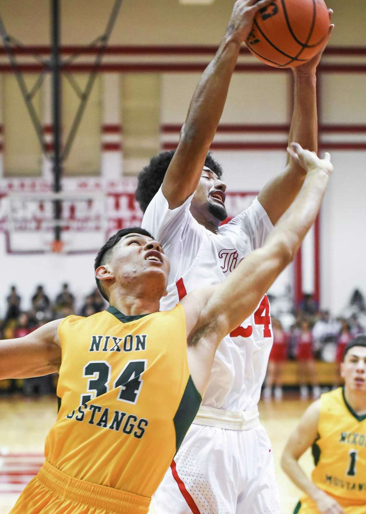 Nixon (30-6, 15-1 District 31-5A) moves on to face CC Ray in the area round of the UIL 5A basketball playoffs later this week. Martin (21-13, 14-2) is set to meet CC Veterans Memorial.