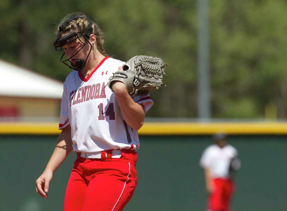 Splendora pitcher Caleigh Millican (14) reacts after Crosby ties the game at two runs apiece following a pair of errors during the fourth inning of a District 21-5A high school softball game Wednesday, March 15, 2017, in Splendora. Crosby defeated Splenodra 5-3. Photo: Jason Fochtman, Staff Photographer / © 2017 Houston Chronicle