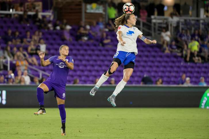 ORLANDO, FL - SEPTEMBER 02: Boston Breakers midfielder Tiffany Weimer (18) goes up for a header during the NWSL soccer match between the Orlando Pride and Boston Breakers on September 2, 2017 at Orlando City Stadium in Orlando FL. (Photo by Joe Petro/Icon Sportswire via Getty Images)