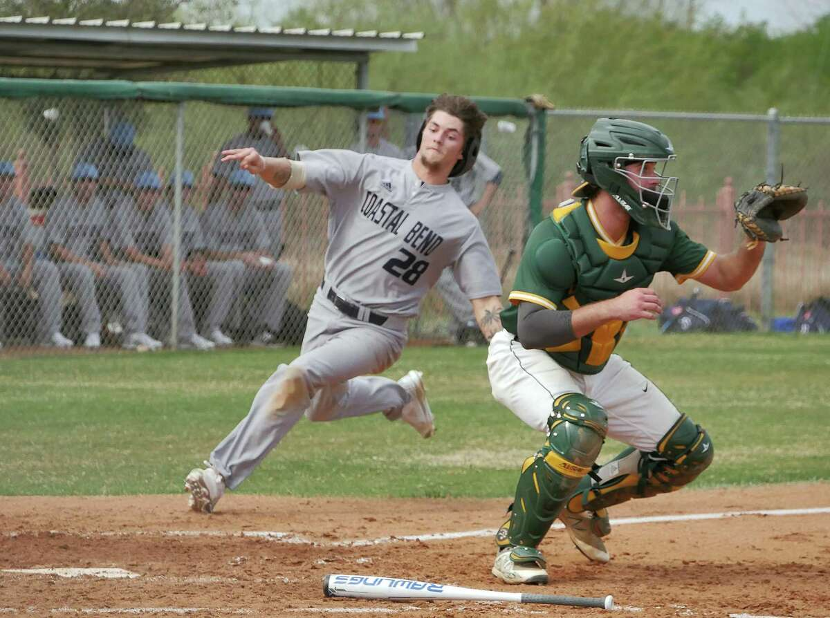 After taking down second-place Blinn College 9-6 on Friday, the Palominos (6-19, 2-13 Region XIV) fell 12-1 and 5-1, respectively, Saturday to conclude the three-game series with the Buccaneers.