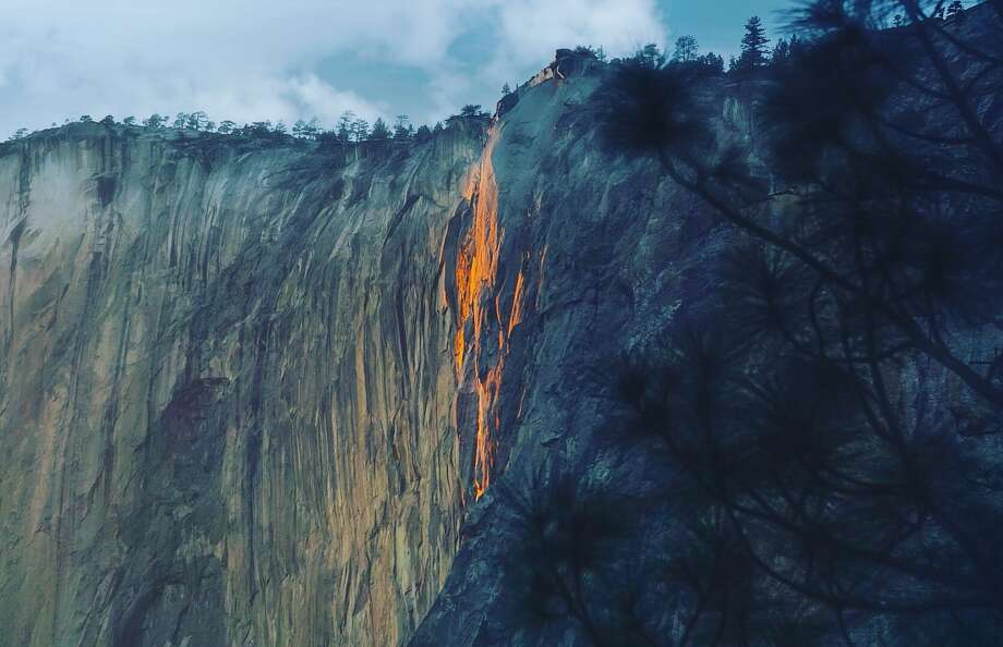 Pat Moynihan of San Francisco photographed Yosemite's 'firefall' on Feb. 17, 2018 with only a trickle of water. Photo: Pat Moynihan / IG @patmoyno
