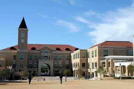9) Texas Christian University - Fort Worth, Texas    Overall rank:  78   Acceptance Rate:  38 percent  ACT score:  25 - 30