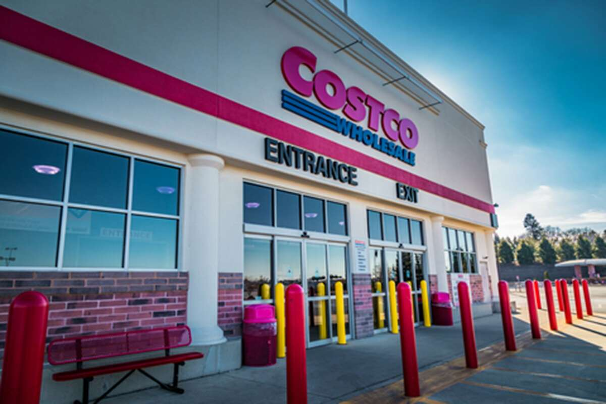 The callers offer $500 travel vouchers, Costco cash cards or a reduced travel package if the resident takes a survey that asks for their personal information, prosecutors said.