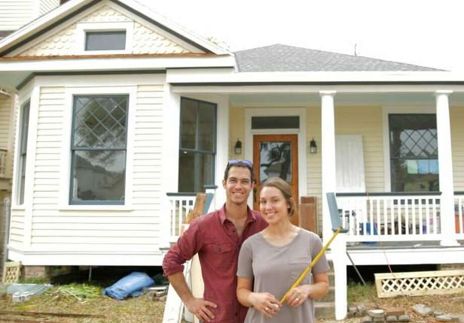Couple S New Tv Gig Big Texas Fix Will Bring Historic Galveston