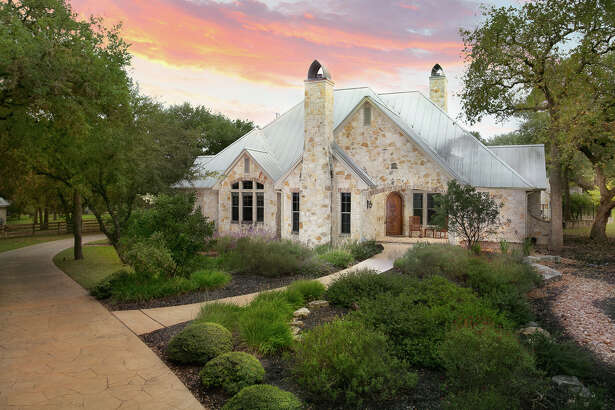 Sponsored by Jared Friend of Keller Williams San Antonio     VIEW DETAILS for 9517 Majestic Oak Circle, San Antonio, TX 78255    When: 1-4pm, Saturday and Sunday, February 24 and 25, 2018  MLS: #1280178