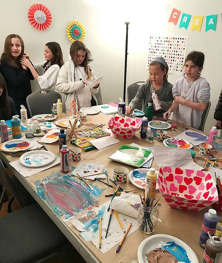 New Canaan kids enjoy a winter art class at the Carriage Barn Arts Center. A new session will be offered for kids ages 7-9 on Thursday afternoons March 1 and 8. Photo: Contributed Photo / New Canaan News