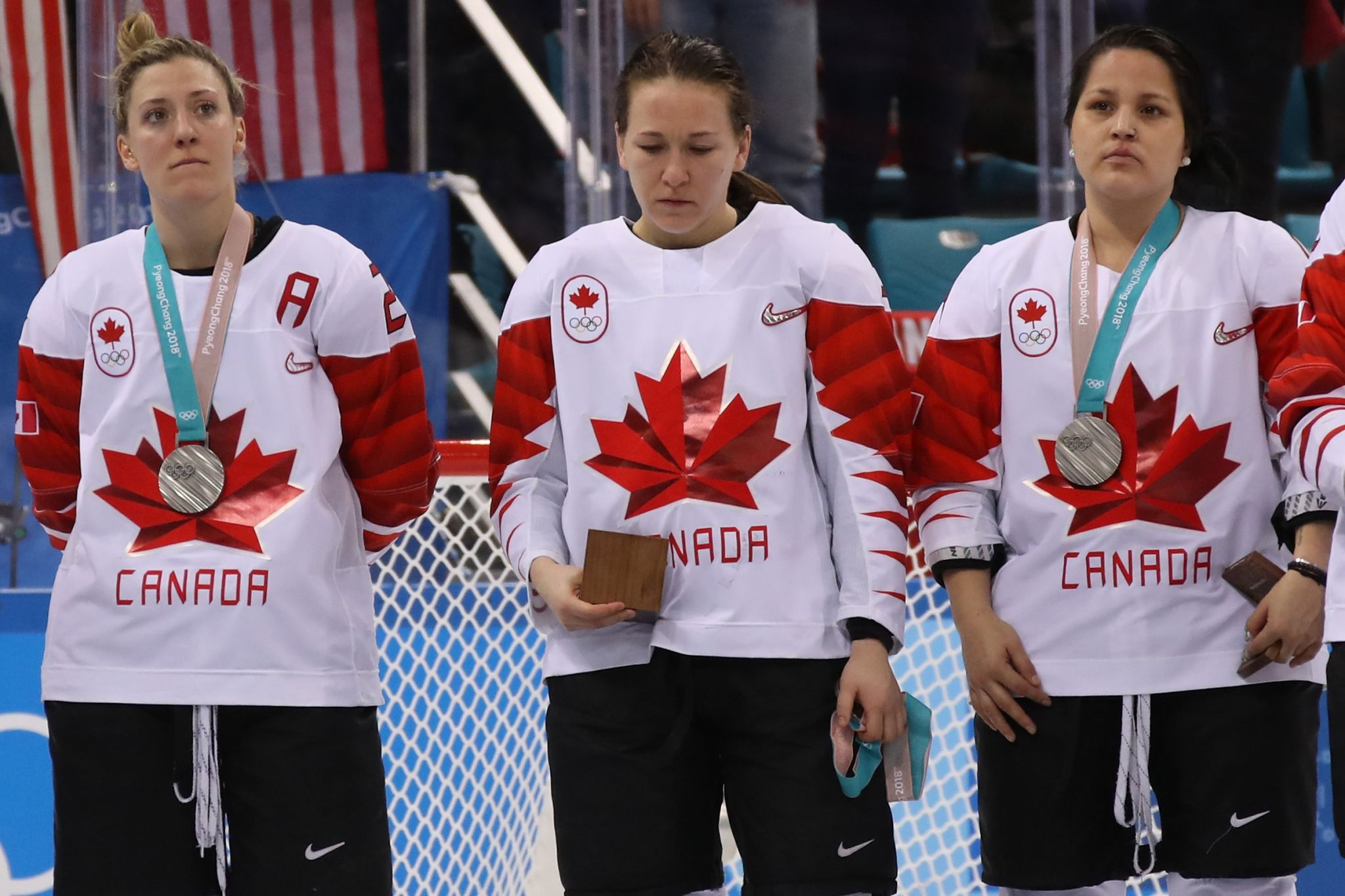 Canadian hockey player reportedly ordered to wear silver medal she angrily removed on ice
