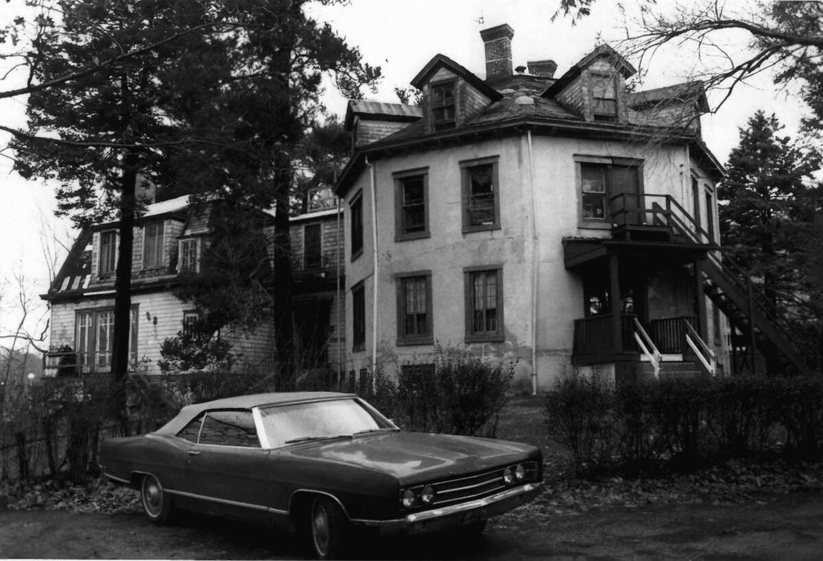 Stamford's octagon house in 1978. Fires ripped through the home in 1985 and then again in 1987 when it was destroyed.