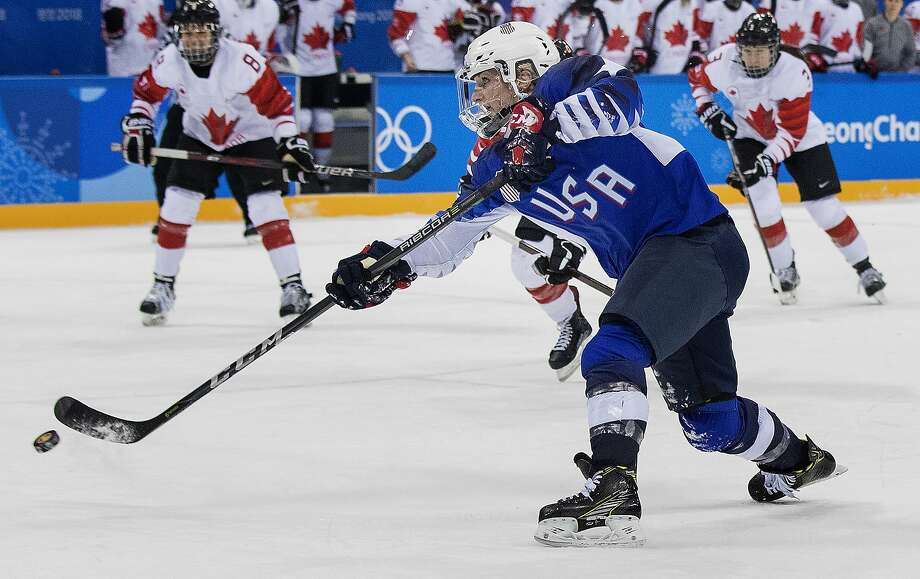 Monique Lamoureux-Morando with a goal in the third period to tie game and send to overtime at Gangneung Hockey Centre Thursday, Feb. 22, 2018 in Pyeongchang, South Korea, during the Pyeongchang Winter Olympics. (Carlos Gonzalez/Minneapolis Star Tribune/TNS) Photo: Carlos Gonzalez, TNS