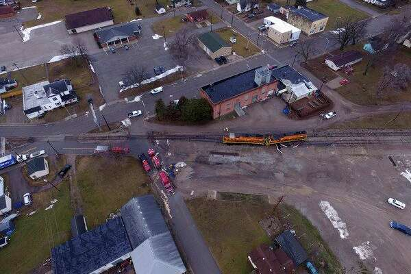 A train derailed in the Village of Akron this week,spillingroughly 850 gallons of diesel fuel. (Submitted Photo)