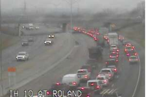 Traffic cameras show a major slowdown in the eastbound lanes of Interstate 10 between 281 and Roland Avenue.