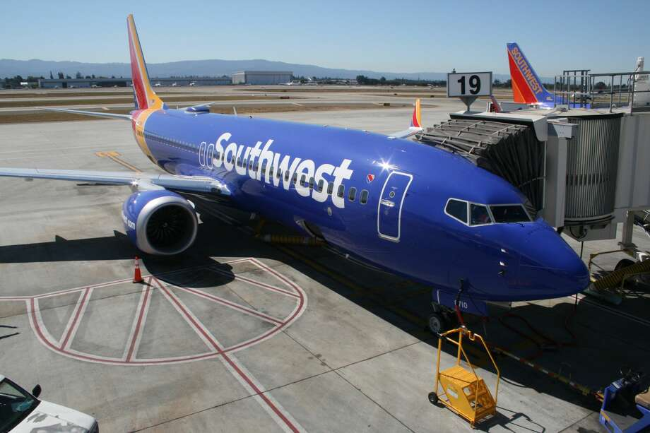 Does southwest airlines fly from san diego to seattle