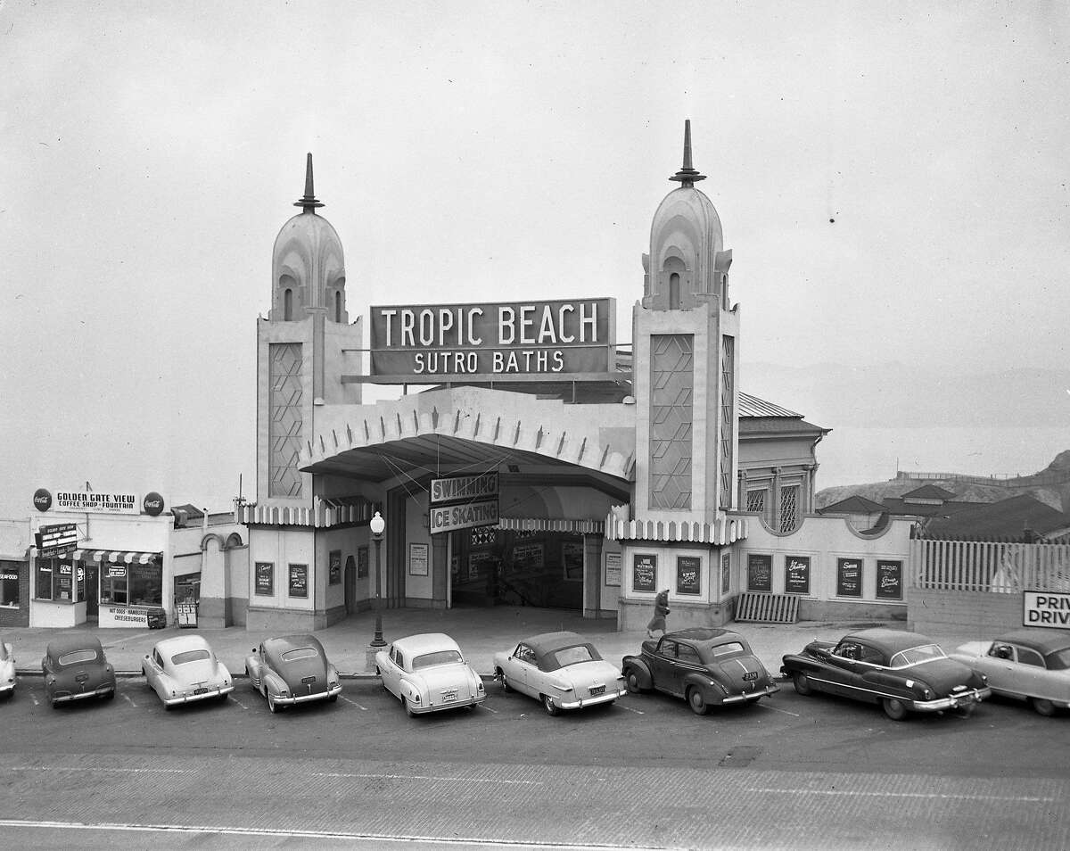 Front entrance to the Sutro Baths, November 12,1952