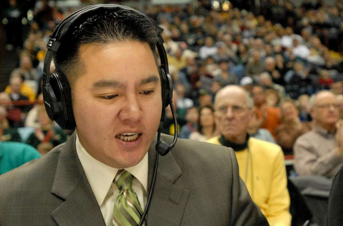 Announcer Robert Lee does Siena basketball play-by-play on radio and is also the voice of many high school sports events telecast on Time Warner cable. (Cindy Schultz, Times Union)
