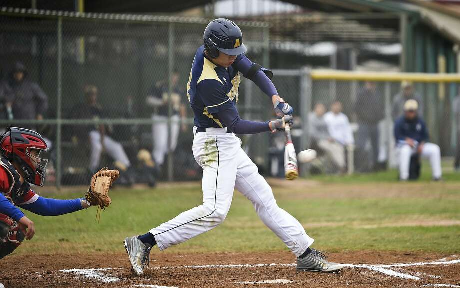 Paco Hernandez hit a walk-off single in the eighth inning Saturday lifting Alexander to a 2-1 win over McAllen to advance to the fourth round. Photo: Danny Zaragoza /Laredo Morning Times File / Laredo Morning Times