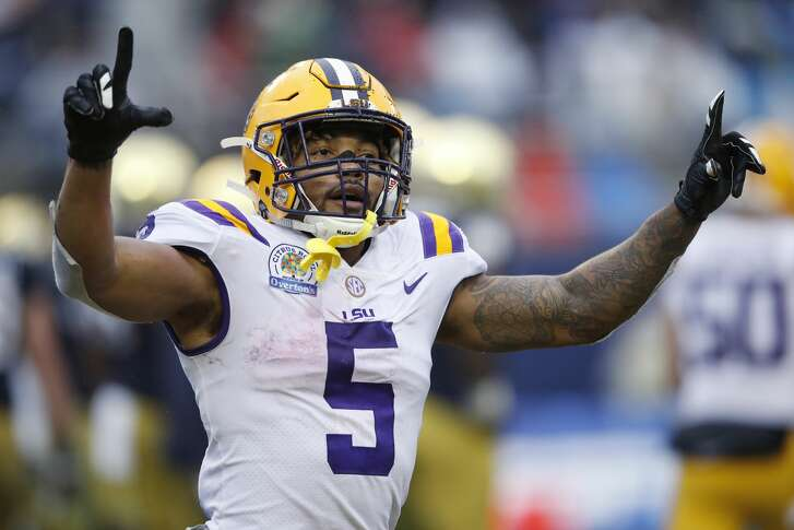 ORLANDO, FL - JANUARY 01: Derrius Guice #5 of the LSU Tigers celebrates after a touchdown run against the Notre Dame Fighting Irish during the Citrus Bowl on January 1, 2018 in Orlando, Florida. Notre Dame won 21-17. (Photo by Joe Robbins/Getty Images)