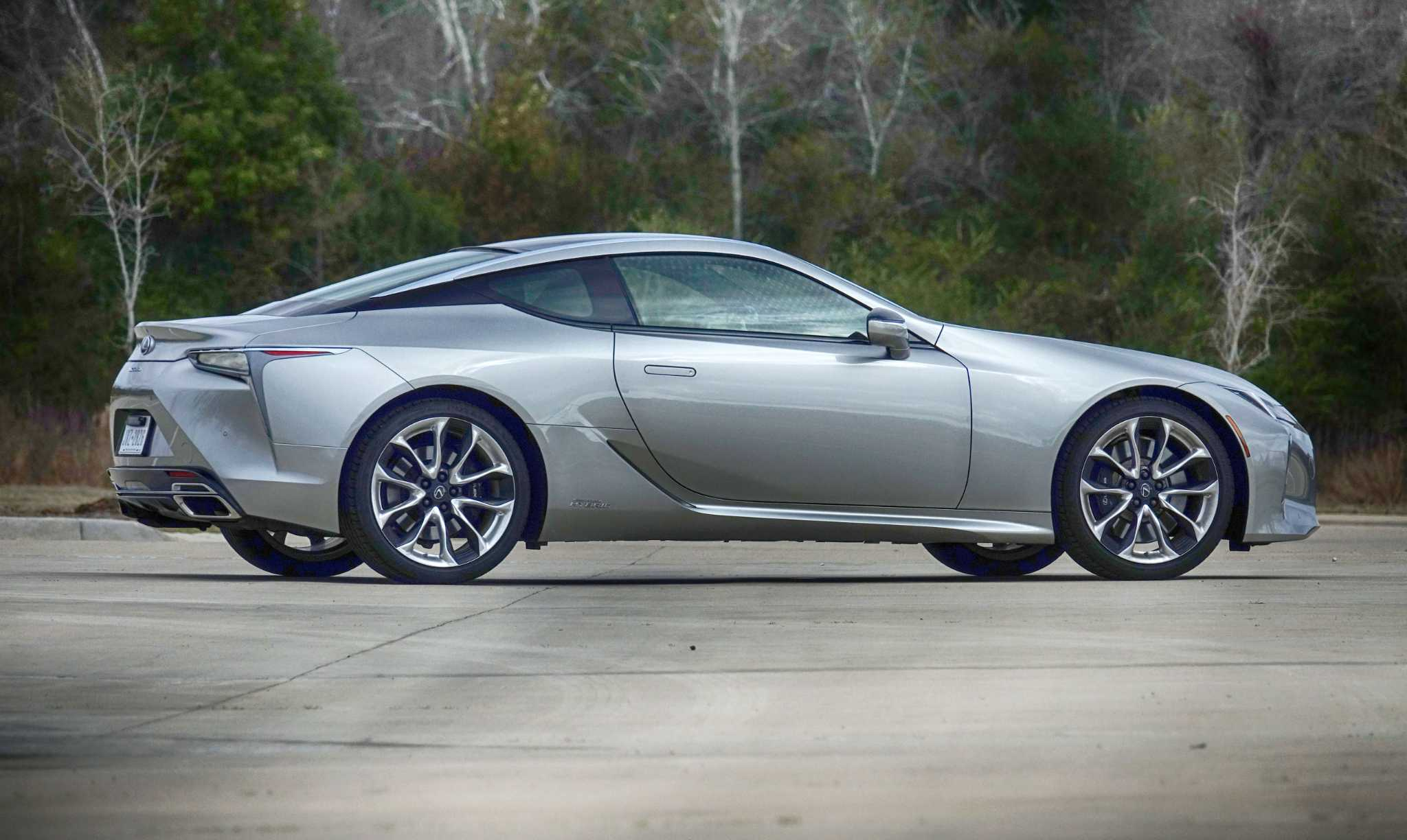 Stunning LEXUS LC 500H Grand Tourer pushes the envelope