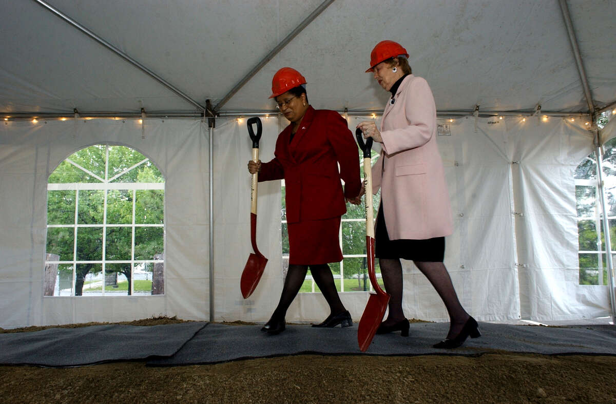RPI President Shirley Jackson and Pauline Urban Bruggeman prepare to break ground for the new Center for Biotechnology at Rensselaer Institute of Technology on Friday May 16, 2002, in Troy, N.Y. Pauline and her husband Warren H. Bruggeman of Schenectady gave a generous gift to the Renesselaer endowment. (Michael P. Farrell/Times Union)