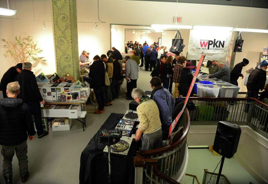 WPKN's Music Mash '18, produced by nonprofit radio station WPKN 89.5-FM, will be held in Read's Art Space apartments in Bridgeport, Conn., on Saturday Mar. 3, 2018. Here's a scene from last year's event. Photo: Christian Abraham / Hearst Connecticut Media / Connecticut Post