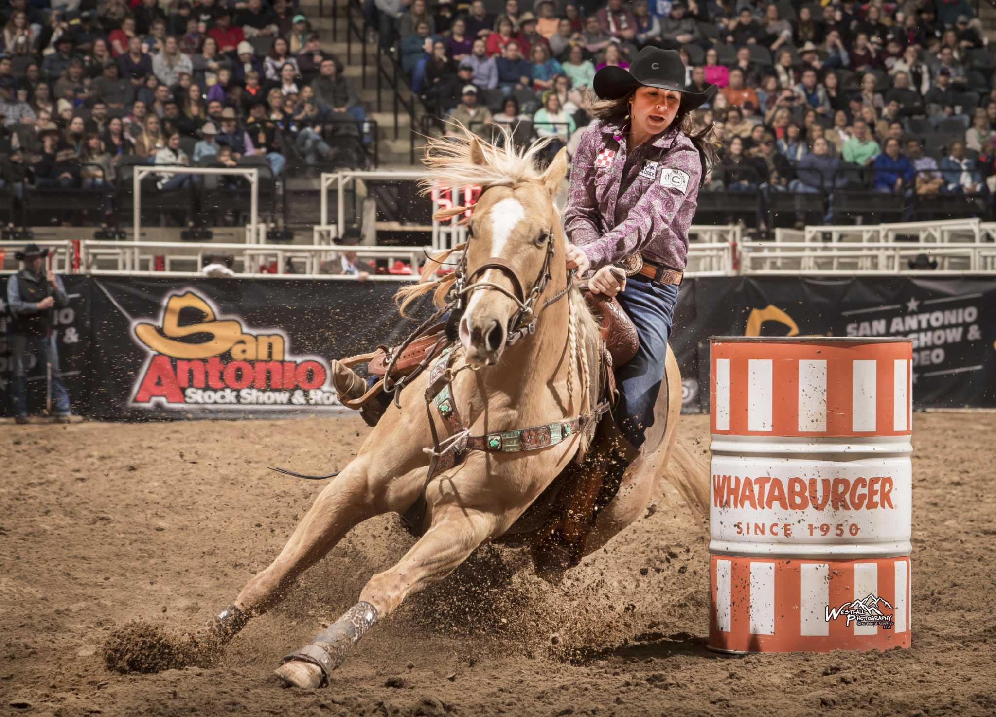 Kinsel Leads Barrel Racing Field At San Antonio Rodeo