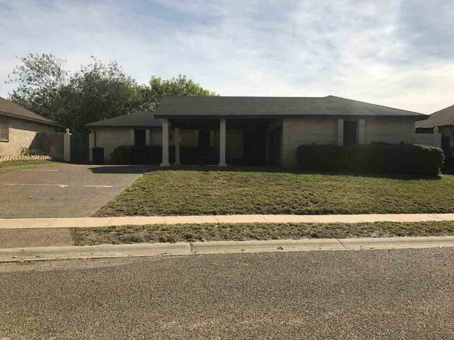 1307 Larry Lane.3 bedrooms, 2.5 baths, Double attached garage, palapa, completely fenced, $190,000. Marcela Meadows 956-480-1453 Remax Real Estate.