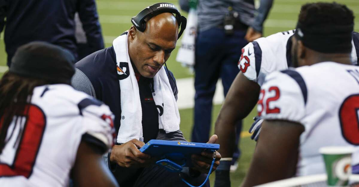 After a stint as defensive line coach, Anthony Weaver takes over for Romeo Crennel as the Texans' defensive coordinator.