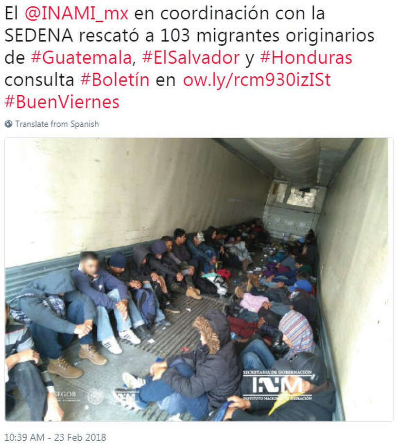 Mexican immigration agents say they have found 103 Central American migrants in a freight trailer left by a roadside near the U.S. border. Photo: Instituto Nacional De Migracion