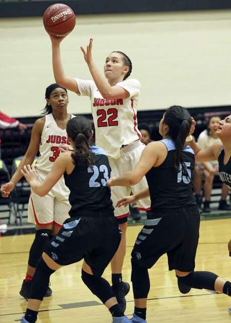 Kyra White (22) and Judson enter the 6A state girls basketball tournament as the team to beat — on paper. Photo: Tom Reel / San Antonio Express-News / 2017 SAN ANTONIO EXPRESS-NEWS