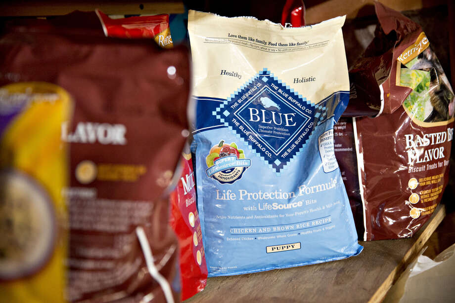 Jeff Harmening, who took over General Mills last year, downplayed the risks of expanding into a new industry. He compared Blue Buffalo to the company's Haagen Dazs ice cream brand. Photo: Daniel Acker / © 2017 Bloomberg Finance LP