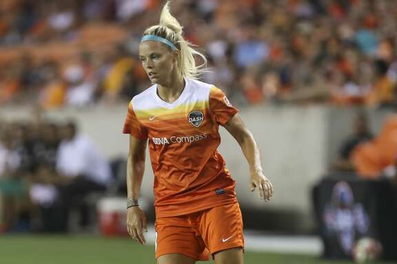 Houston Dash forward Rachel Daly (3) has the ball during the first half of the game at BBVA Compass Stadium Saturday, July 8, 2017, in Houston. ( Yi-Chin Lee / Houston Chronicle )