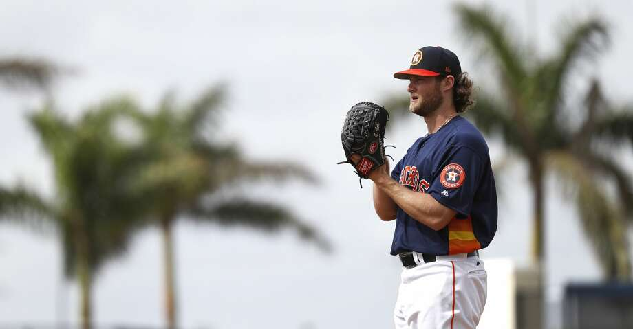 Houston Astros RHP pitcher Gerrit Cole (45) throws live batting practice during spring training at The Ballpark of the Palm Beaches, Tuesday, Feb. 20, 2018, in West Palm Beach.   ( Karen Warren / Houston Chronicle ) Photo: Karen Warren/Houston Chronicle