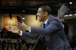Head coach Kevin Ollie and the UConn men's basketball team will host Memphis on Sunday.