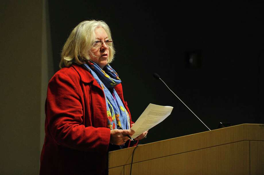 Greenwich Conservation Director Denise Savageau speaks during a town hall meeting about the ongoing Fairfield County drought at UConn Stamford in March 2017. Photo: Michael Cummo / Hearst Connecticut Media / Stamford Advocate
