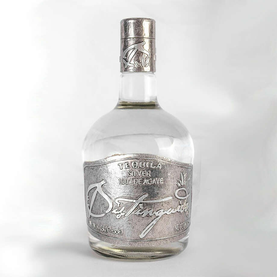 The Border Breeze is meant to be a refreshing cocktail for those hot summer Laredo days. To start off, put Tequila Distinguido Silver into the mix Photo: TequilaDistinguido.com