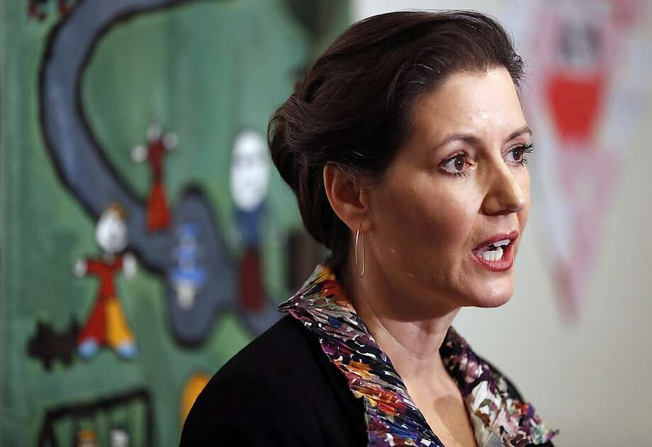 Oakland Mayor Libby Schaaf holds a press conference in Oakland, Calif., on Sunday, February 25, 2018, about information she learned about possible upcoming ICE raids in the Bay Area. Photo: Scott Strazzante / The Chronicle 2018