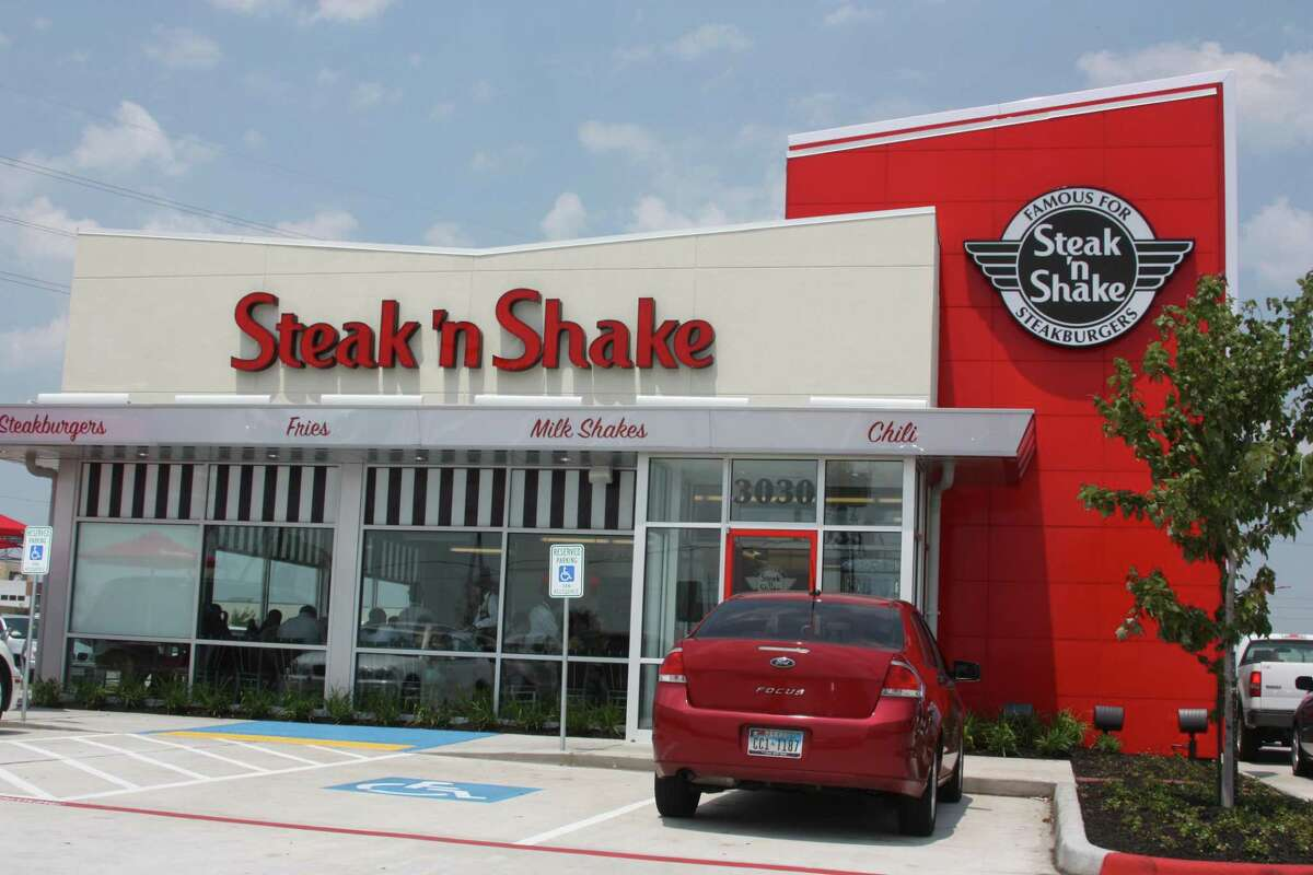 Steak n Shake's revenue plunged $59 million in the first quarter as it had to close its restaurants' dining rooms in response to the coronavirus pandemic.
