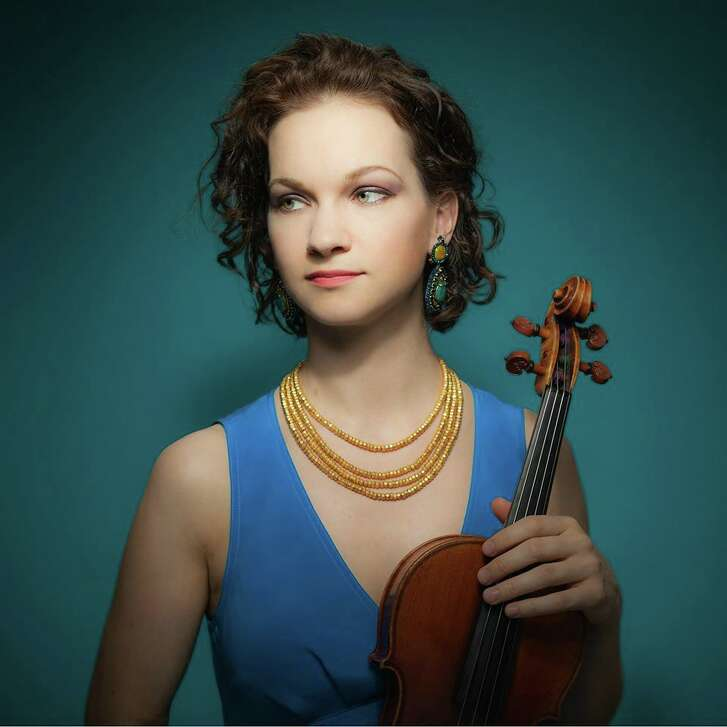 Hilary Hahn joined the Houston Symphony as violin soloist.