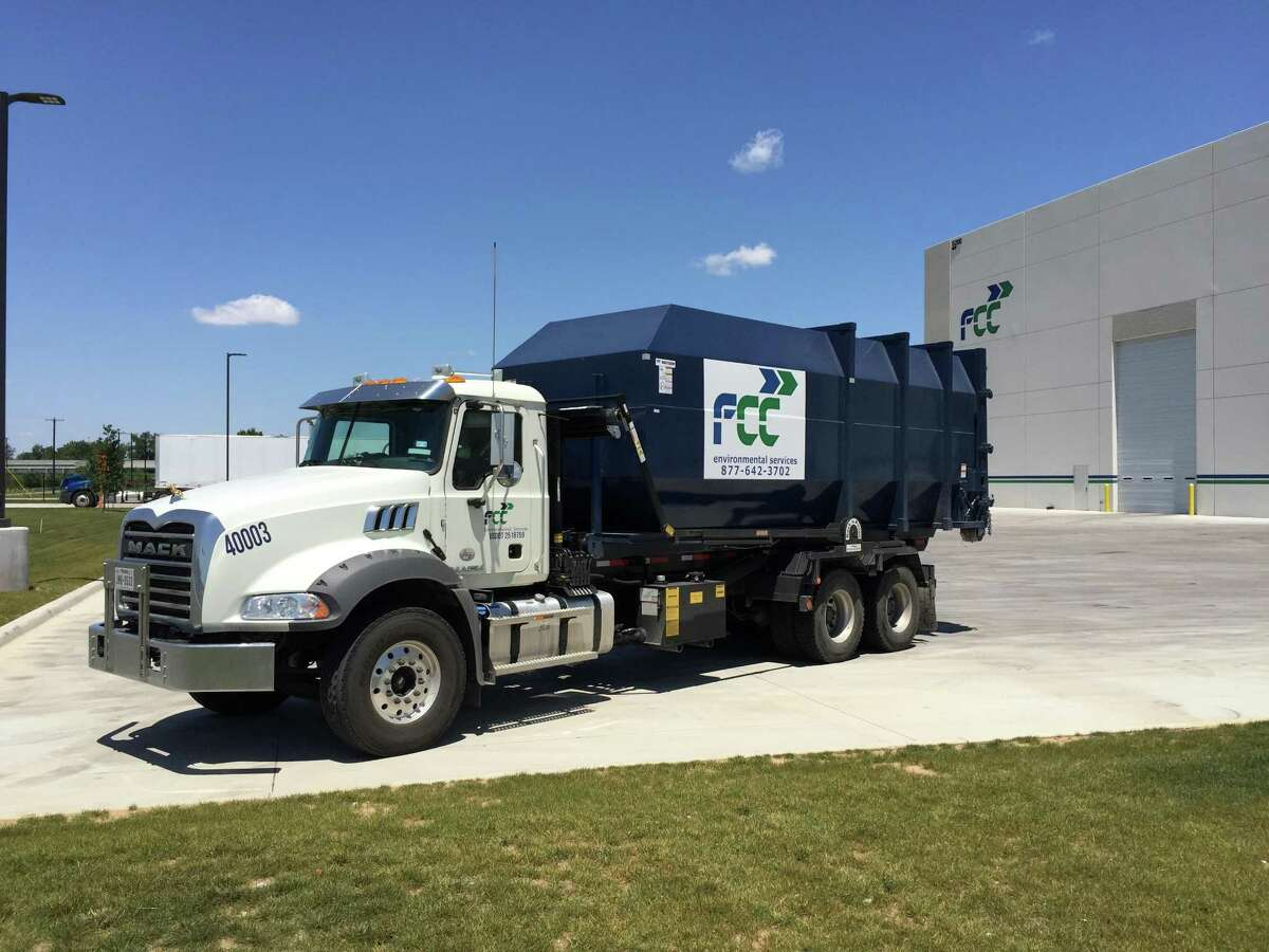 FCC Environmental Services, the U.S. division of a Spanish company, will handle Houston's recycling collection and processing under a new 20-year contract.