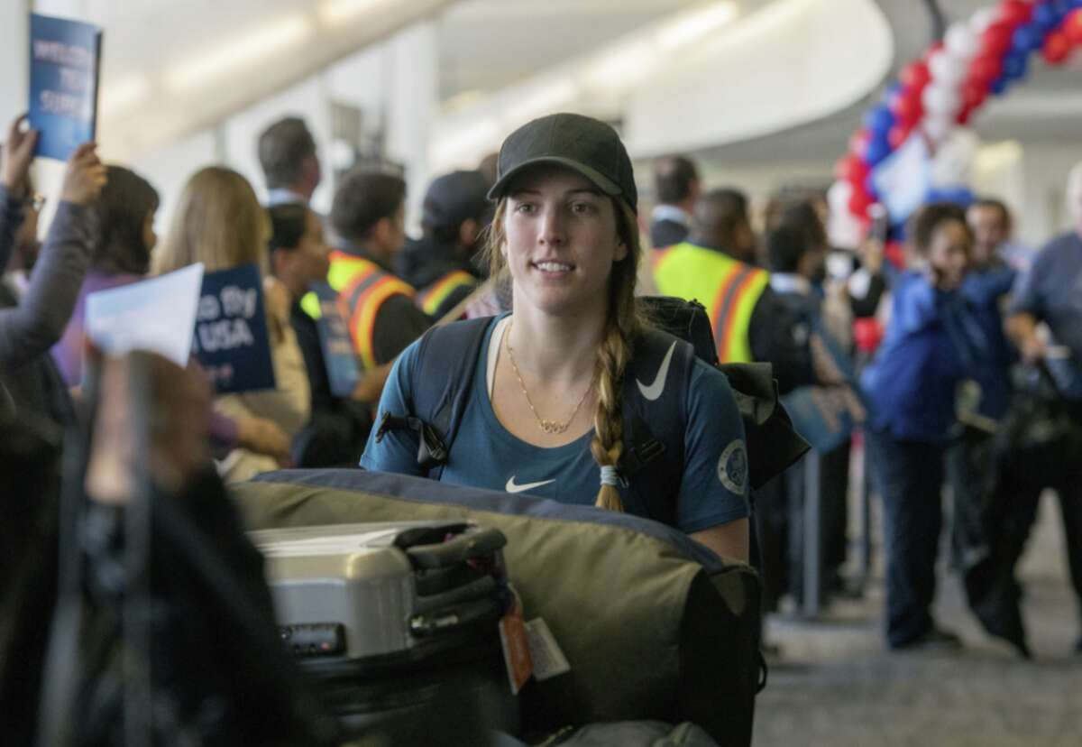 Erin Hamlin traded the luge for a United Dreamliner for the flight home